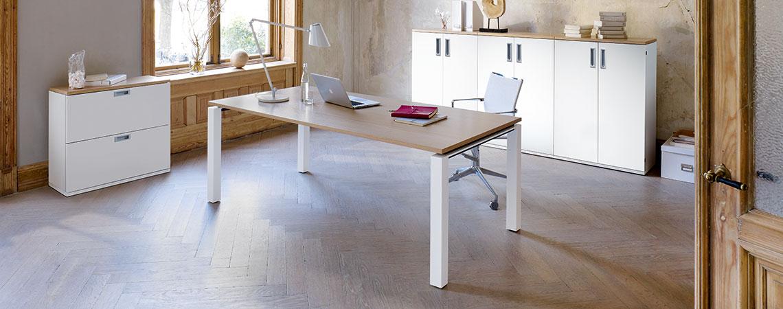 Teaser Hund Möbelwerke Tischsysteme