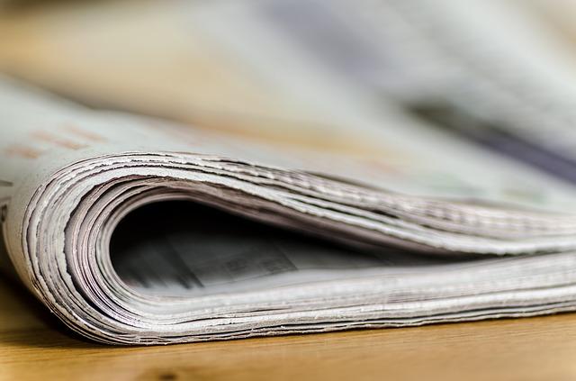 Zusammengefaltete Zeitung