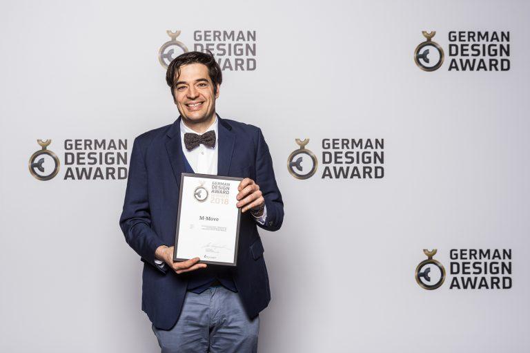 Geschäftsführer André Hund bei der Preisverleihung zum German Design Award 2018