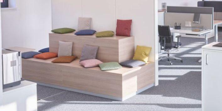 Sitzpyramide von Hund Möbelwerke