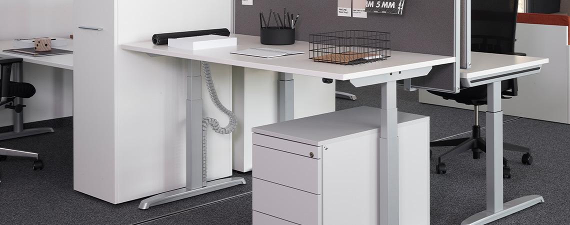 Thales Steh-Sitz-Arbeitsplatz von Hund Möbelwerke
